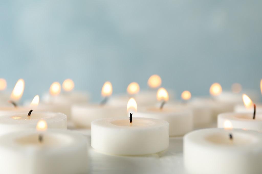 Was tun im Trauerfall - Trauertexte - Beerdigungsinstitut Mombour in Mülheim an der Ruhr